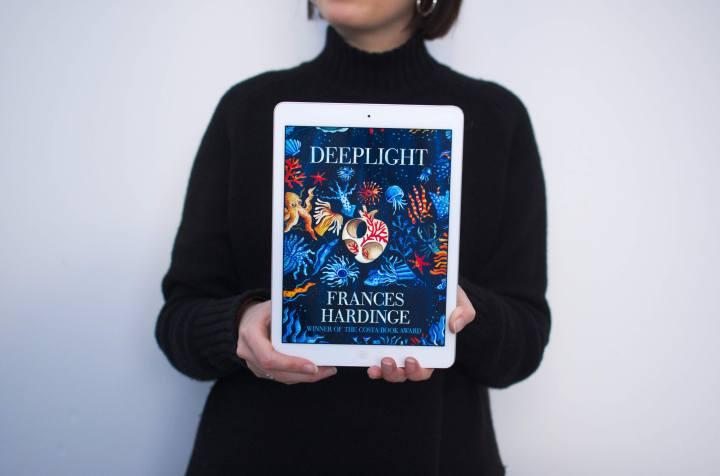 Deeplight: Deeply enthralling YAFantasy